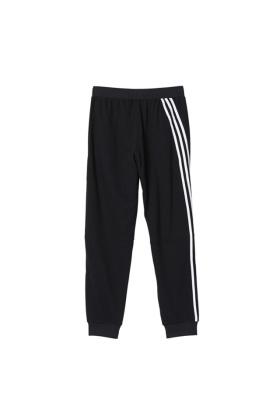 阿迪达斯春夏长裤搭配图片 阿迪达斯春夏长裤怎么搭配 阿迪达斯春夏长裤如何搭配 爱蘑菇街