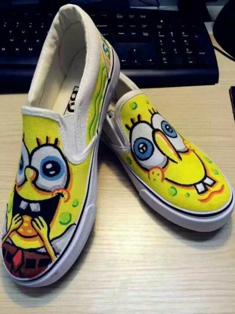 定制手绘鞋