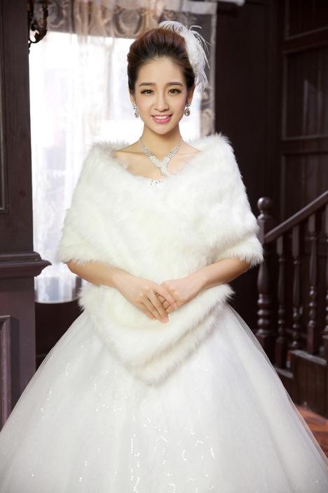 加长加厚婚纱毛披肩 新娘结婚披肩 伴娘礼服披肩图片