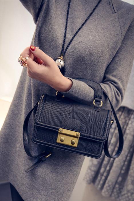 《亚韬包袋》2015冬季新款韩版蛇皮纹小包单肩斜跨手提包
