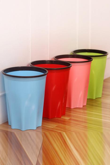 【带圈家用塑料垃圾桶