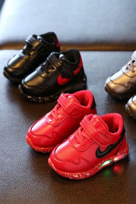 韩版女童保暖板鞋宝宝鞋子