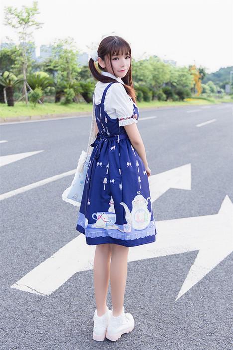 日系可爱少女lolita茶杯兔洛丽塔sk吊带