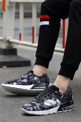 气垫鞋男板鞋搭配图片 气垫鞋男板鞋怎么搭配 气垫鞋男板鞋如何搭配